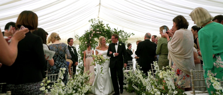 QUINTESSENTIAL ENGLISH WEDDING LUXURY TATLER WEDDING 5