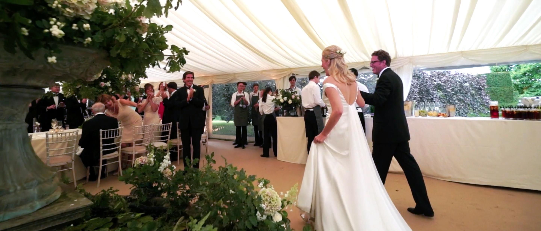 QUINTESSENTIAL ENGLISH WEDDING LUXURY TATLER WEDDING FLOWERS 5