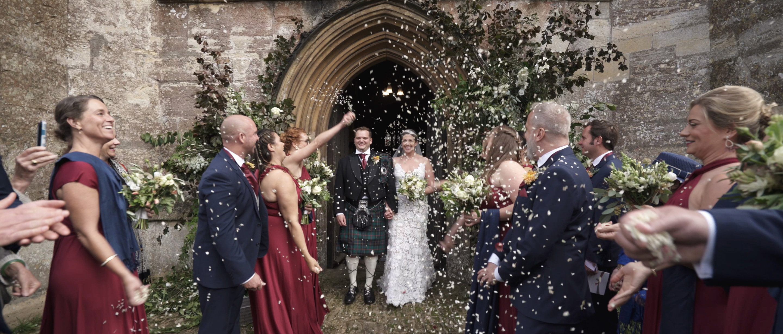 confetti shot floral arch oscar de le renta wedding bath